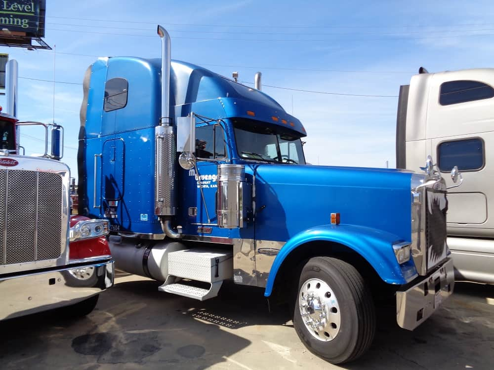 Freightliner Truck Financing Review